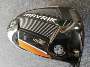 マックスはヒール側に2g、後方に10gのウェイトを装着。ヘッド重量は187g